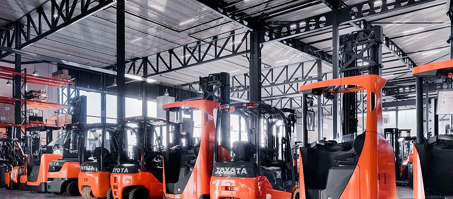 Приобретение и управление парком складской техники